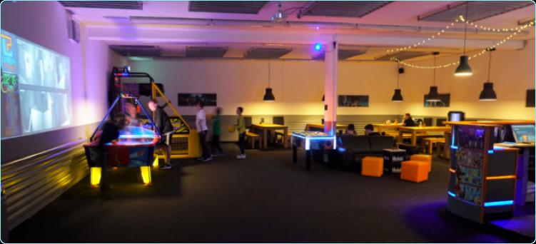 lasertag spielen in d sseldorf laserplex. Black Bedroom Furniture Sets. Home Design Ideas